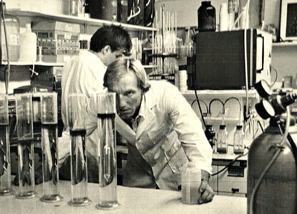Venture Up Vintage Lab